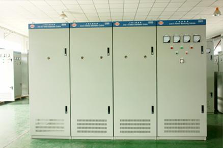 電子元器件,電氣與能源設備,電容器